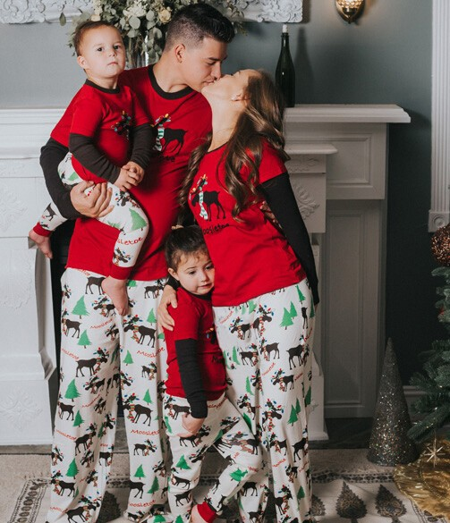 2018 New Family Christmas Pajamas Set Family Matching Outfit Father Mother Daughter Kids Clothing Sets Pyjamas Family Look