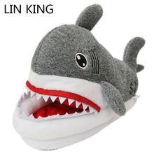Купить с кэшбэком LIN KING Winter Animal Funny Shoes For Men and Women Warm Unisex Home House Indoor Floor Slippers Shark Shape Furry Shallow Shoe