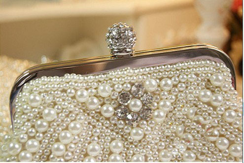 Pérola de Venda Quente com Diamante Novo Freeshipping Sólidos Bolsa Sólido Macio Mini 20 cm Hasp Mulheres Cluth Noite 2020