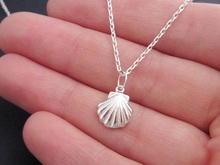 10 small shell conch charm pendant necklace cute 3D shell necklace sail sailor sea shell ocean beach animal pearl lucky necklace цена 2017