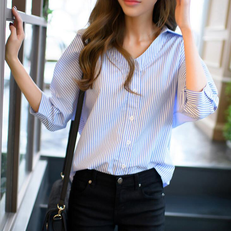 Women Casual Blue Striped Summer Blouse V-Neck Seven Sleeve Buttons Blouse 2019 New Fashion Women Loose Tops Blusas Vestidos
