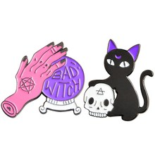1 Pcs Black Cat Skeleton Skull Brooch Bad Witch Pin Crystal Ball Witch Hands Head Pin Hard Enamel Lacquer Pin Halloween Jewelry(China)
