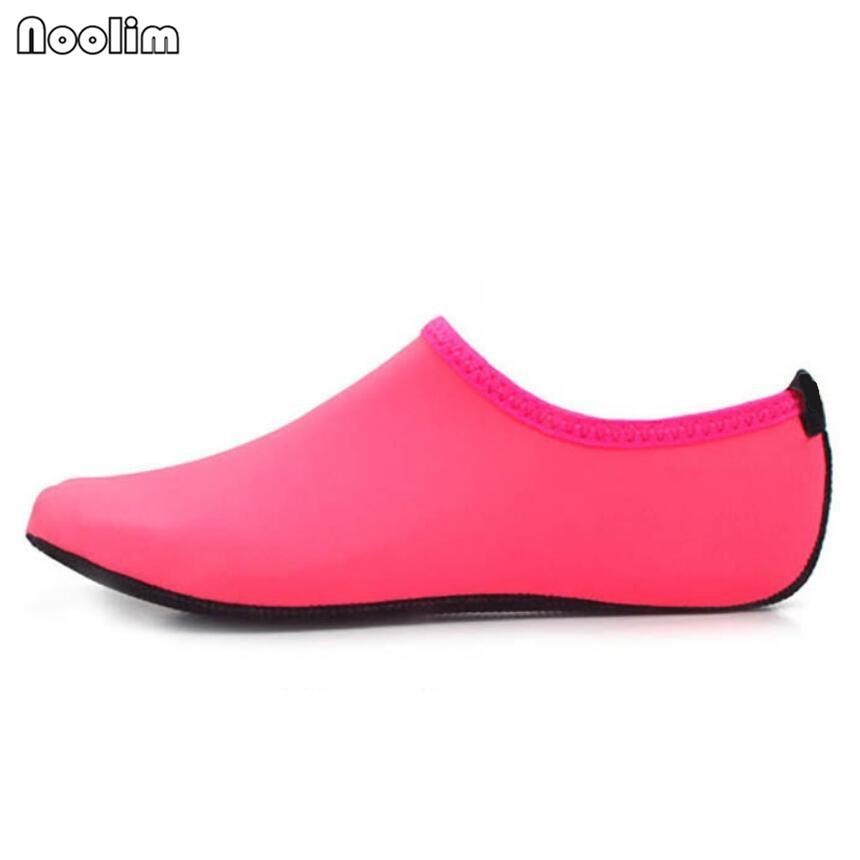 79b9875aa3eea Été nouvelle Chaussure Femme femmes chaussures d eau Aqua pantoufles pour  plage sans lacet parc aquatique sandales Sandalias Mujer dans Femmes de  Sandales ...