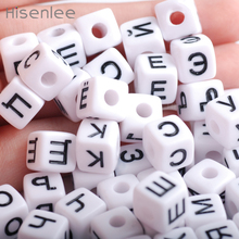 Hisenlee 10mm 100pcs Random Mixed White Round Russian Letters Alphabet Acrylic Cube Loose Spacer Beads For Jewelry Making DIY