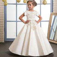 Floor Length Ivory Applique Lace Flower Girl Dresses 2019 Satin Short Sleeves First Communion Dresses Girls Pageant Dress