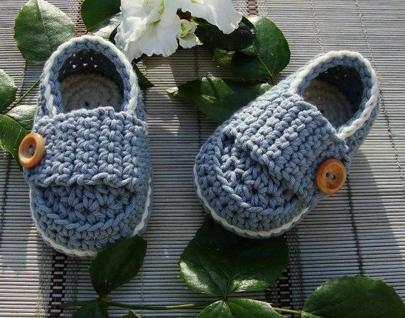 Для маленьких мальчиков пинетки для новорожденных Обувь, коричневый на крестины Обувь, ручной крючком Обувь для младенцев новорожденных Фо...