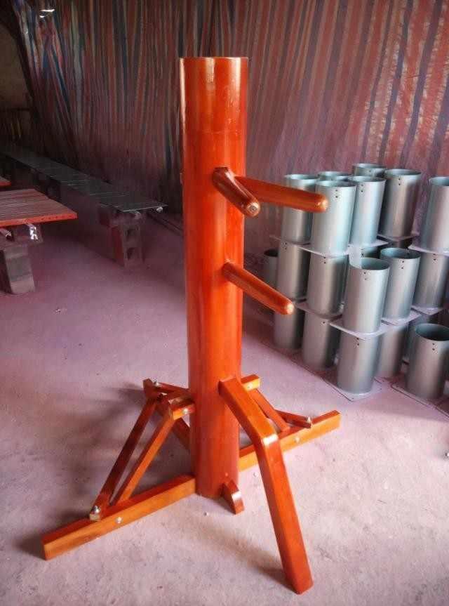 Деревянный манекен wing chun с обучающим видео и подарками для вас. Foshan Треугольная рама крыла Чун Кунг Фу деревянные чайники оптом