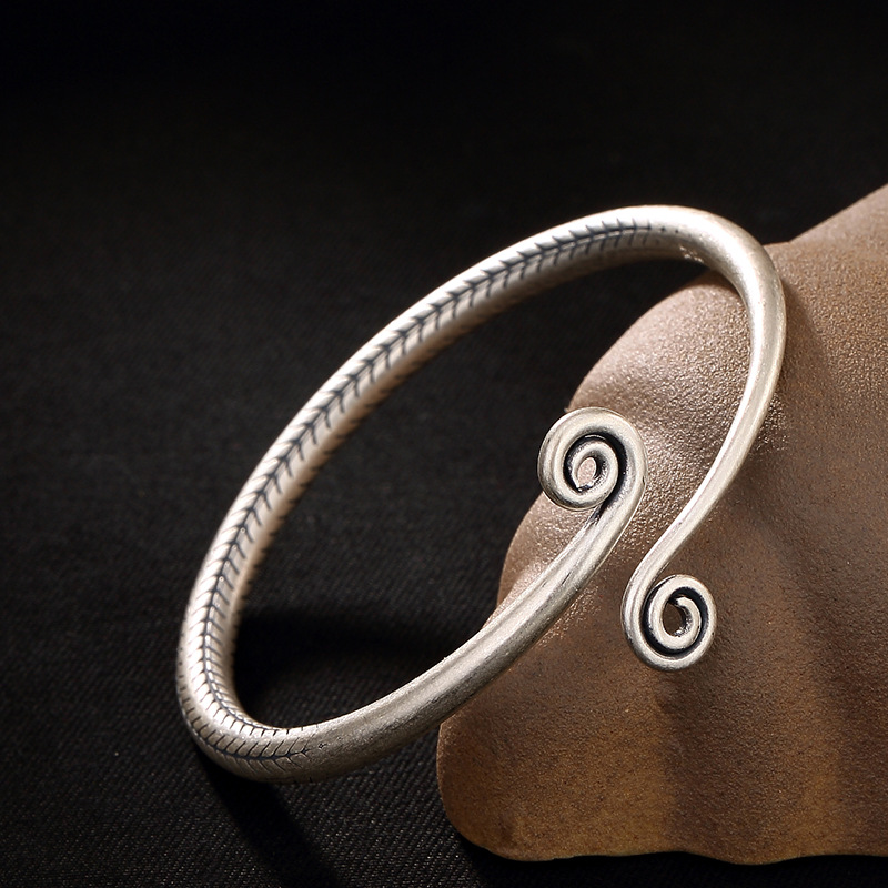 2018 Top Fashion Bangle S990 Fine Contracted Personality Twisted Lines Retro Bangle Bracelets Wholesale Opening Ms Solid Model 2018 Top Fashion Bangle S990 Fine Contracted Personality Twisted Lines Retro Bangle Bracelets Wholesale Opening Ms Solid Model