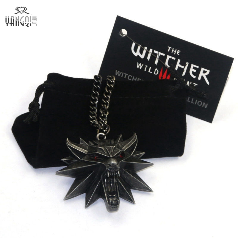 On Line Game The Witcher 3 Necklaces Wild Hunt Medallion Pendant and Chain Necklace for Men 1 Bag 1 Card Wolf Kolye