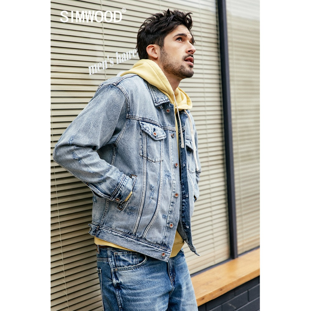 Masculine Survêtement Vêtements Effiloché 190053 Printemps Slim Simwood Mode Marque Hommes 2019 Taille En Denim Jeans Nouveau Décontracté Coupe Grande Manteaux Light Blue Vestes m8nvN0wO