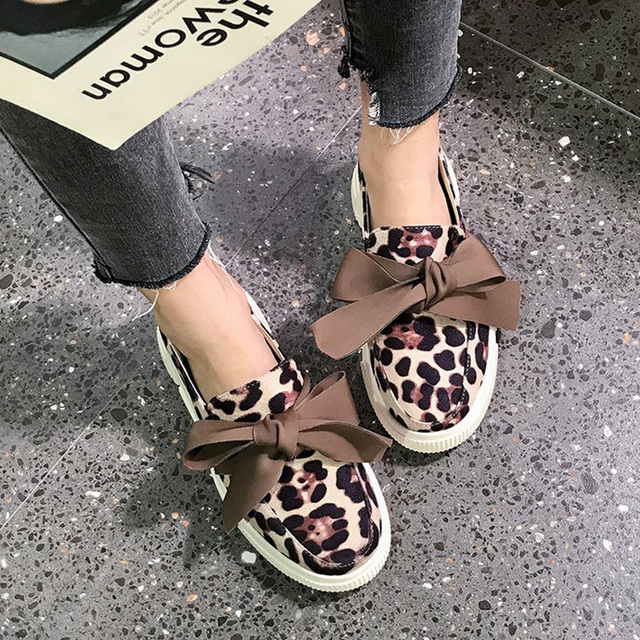 2019 New Women's Flats Loafers Leather Shoes Woman Slip On Casual fashion moccasins Leopard ladies soft comfortable shoes