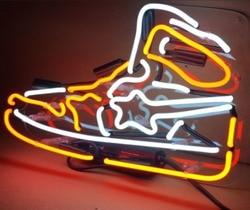مخصص حذاء زجاج ضوء النيون تسجيل البيرة بار