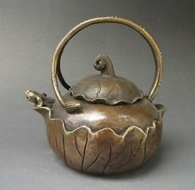 decoration bronze factory Pure Brass Antique Interesting Chinese Antique Handwork Copper Teapot Carved with Lotus and Frog