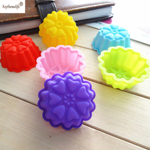 12Pcs Flower Shape Silicone Muffin Cases Cake Cupcake Liner Baking Mold Bakeware Maker Mold Tray Pastry Baking Cup Cake Tool creative geometric flower black wall clock modern design with wall stickers 3d quartz hanging clocks free shipping home decor