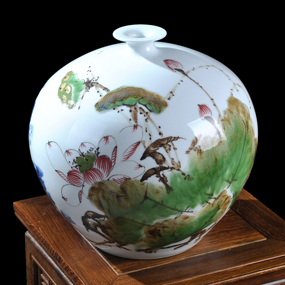Jingdezhen ceramics masters painted colorful lotus precious vase Chinese living room table decoration pomegranate