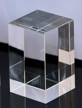 ФОТО   Acrylic Engraved Block/Paperweights 50X50X90mm