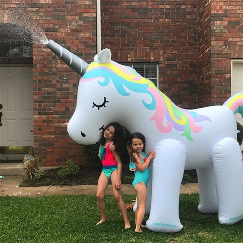 New Style Summer Lovely Handsome Water Spray Inflatable Unicorns Pool Party Water Park Facilities Outdoor Cooling Toy