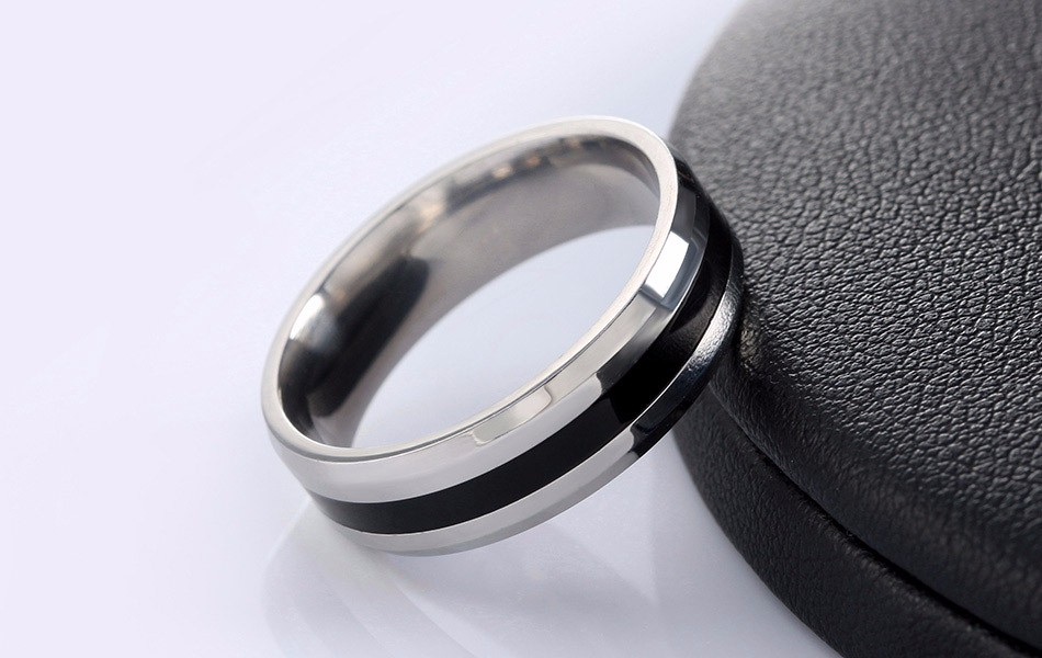 titanium-steel-black-striped-jewelry-ring-2