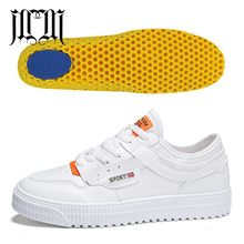 eedd81f4ad MumuEli Adicionado Palmilha Branca Sapatos Homens Respirável Sapatos Casuais  2019 Moda de Luxo de Alta Qualidade Designer de Mar.