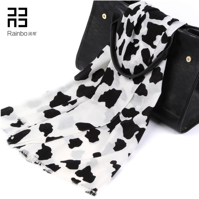 62016 Fashion New Black And White Cow Pattern Wool Scarf Female Autumn Winter Brand High-grade Printing Shawl
