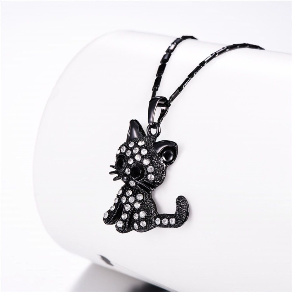 https://ae01.alicdn.com/kf/HTB1mYi1E1SSBuNjy0Flq6zBpVXaO/U7-Cute-Cat-Pendants-Chain-Gold-Silver-Rose-Color-Rhinestone-Crystal-Hot-Animal-Necklaces-Women-Jewelry.jpg