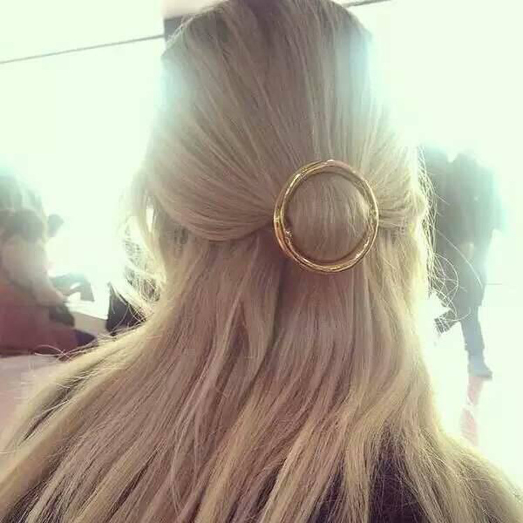 Metal Ponytail Holder with Different shape barrettes women hair accessories for a half up hairstyle