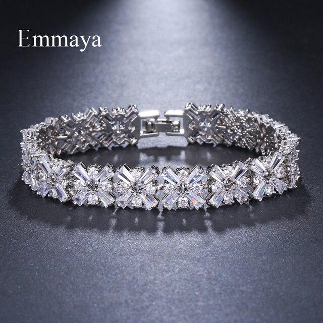 Женские браслеты с кристаллами