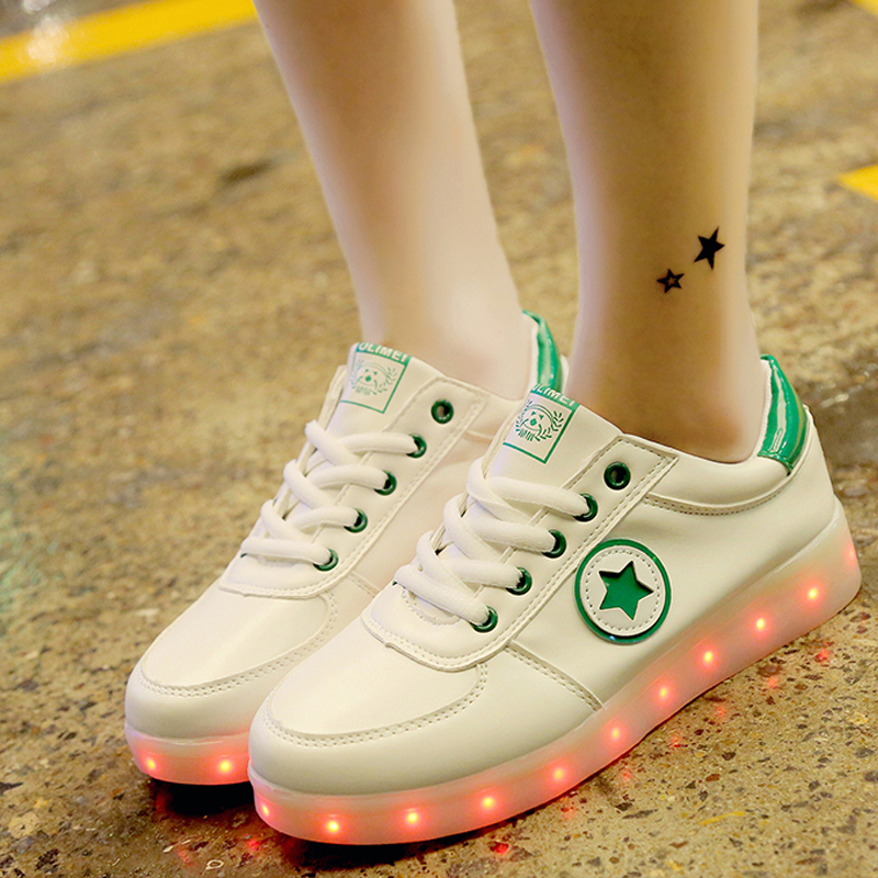 2017 New Graffiti Glowing Luminous Sneakers with Light Sole Kids Boys Tenis Feminino Baskets Light Up Shoes Girl tenis feminino