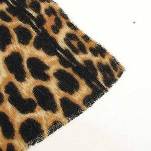 Image 5 - 2019 ブランドヒョウ柄のカシミヤ女性の冬の暖かいデザイナーの女性のファッションショールガールヘッドセクシーなスカーフ