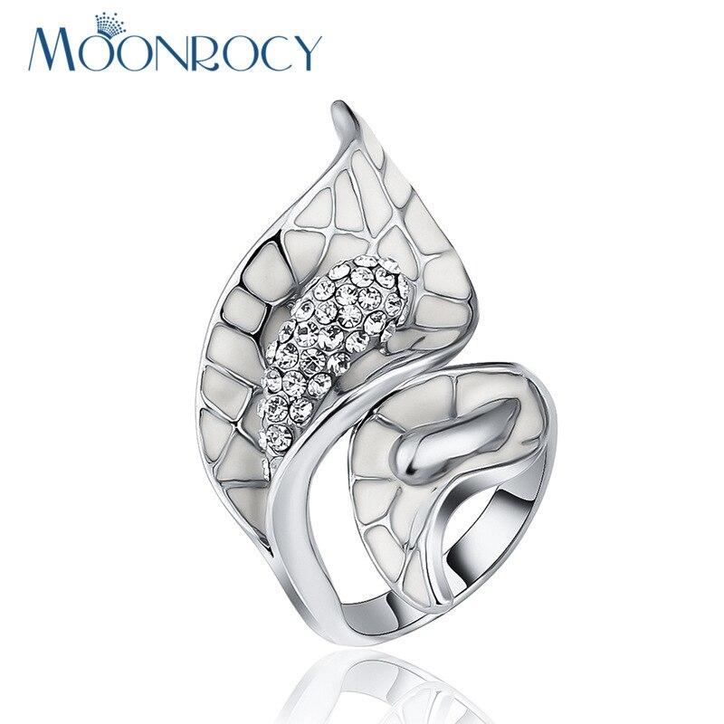 9f0b431472fe7 MOONROCY Frete Grátis moda anéis de cristal Cor de jóias de Prata para As  Mulheres hiperbólicas anéis novo Presente do vintage flor branca