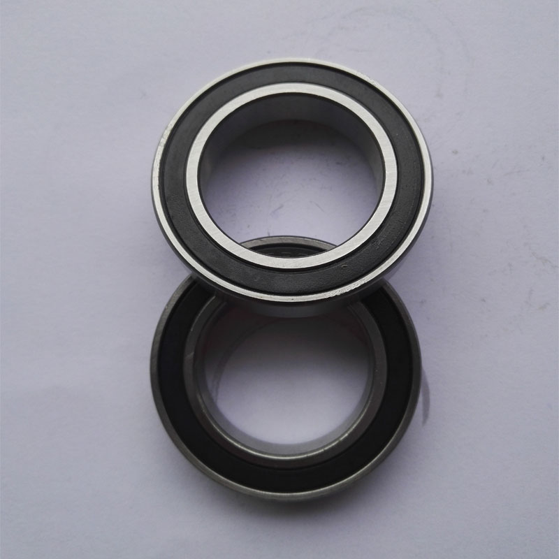 1 pieces Miniature deep groove ball bearing 6838RS 61838-2RS 6838 61838 2RS size: 190X240X24MM 2018 sale limited steel rolamentos ball bearing 6838 2rs 190x240x24mm metric thin section bearings 61838 rs