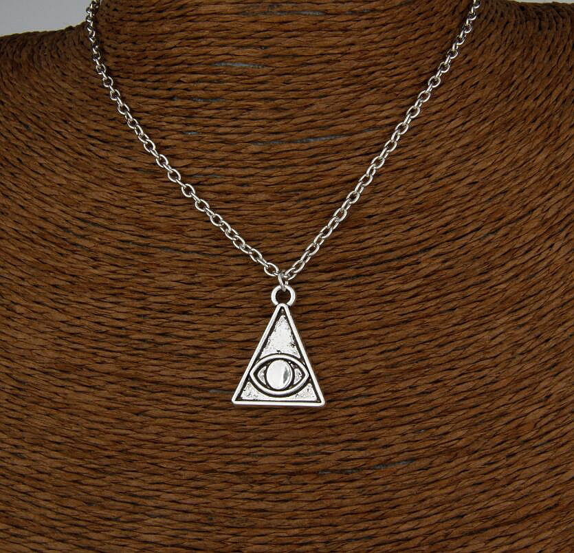 Hot Unique Design Retro Silver Pyramid Eye Pendant Clavicle Short Special Necklace Fashion Jewelry Friendship Gift 6 pcs H193