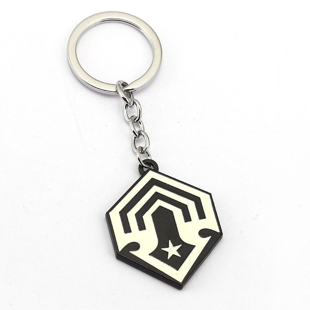 Game Series Jewelry Halo 5 Keychain Car Spartan Black Logo Zinc