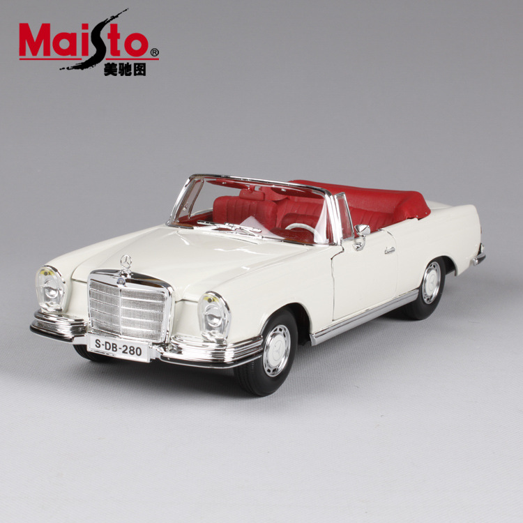 1 18 Maisto Die cast Alloy Large Car Models Collectable Home Decor Craft Children Vehicle Toys