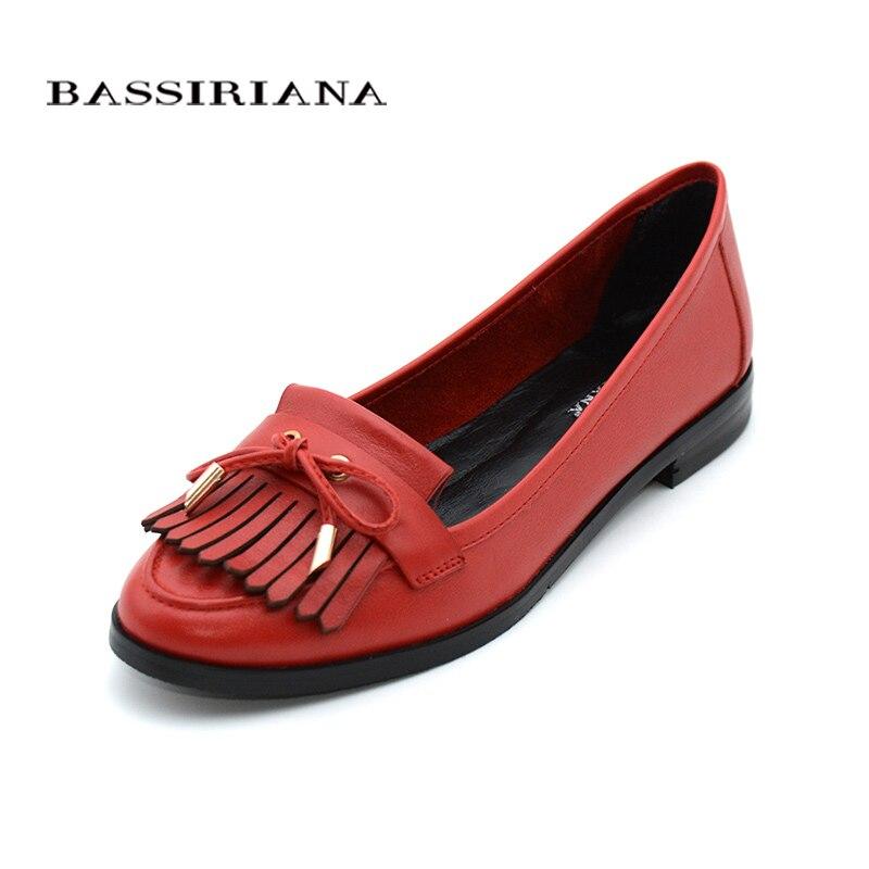 Cuero genuino zapatos de mujer primavera otoño redondo dedo del pie Slip-On cómodo rojo azul 35-40 envío gratis BASSIRIANA