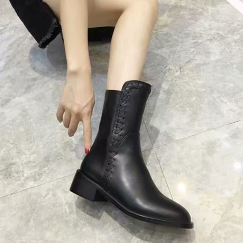 Fashion Genuine Leather Women Ankle Boots Black Round Flats Motorcycle boots Brand Women Winter Shoes Zapatos Mujer Shoes Woman 2017 free genuine leather motorcycle boots biker shoes women pointed snow boots brand shoe famous designer woman flats