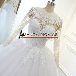 Image 2 - 2018 최신 레이스 볼 가운 웨딩 드레스 누드 컬러 스킨 레이스 슬리브 백리스 브라 가운