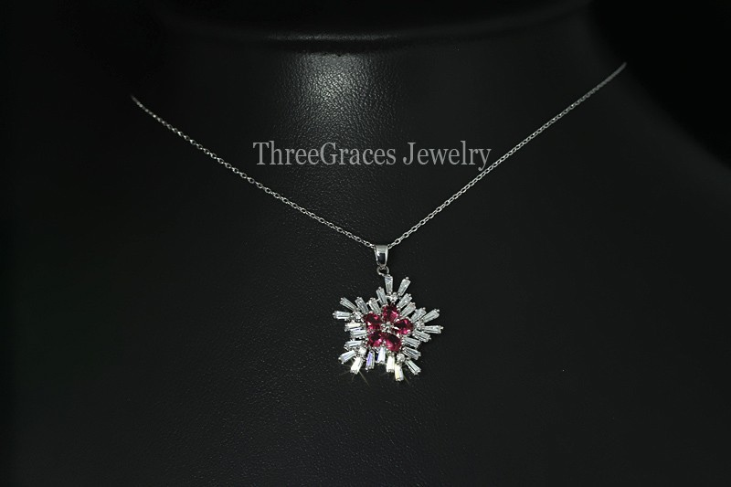 2ace0525d Top Quality White Gold Plated Cubic Zirconia Diamond Cute Snow Flower Women  Pendant Necklace With Emerald Green Stone PN012