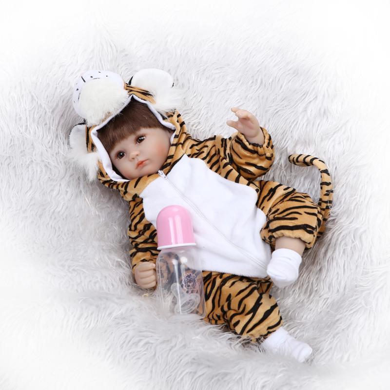 17inches Handmade Soft Silicone Bebe Reborn Baby Dolls Baby Alive Doll Realistic NPK Doll with Cute Tiger set Juguete Brinquedos npk cute 42cm 17   silicone reborn baby