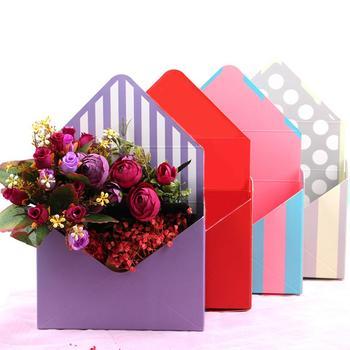 Kreatywny koperta składany kwiat schowek wesele przyjęcie zaręczynowe wystrój Polka Dot nadruk w paski opakowanie kartonowe opakowanie tanie i dobre opinie CN (pochodzenie) 1 pc Tektura Flower Box Ślub przyjęcie urodzinowe Na imprezę Ślub i Zaręczyny New Year A# B# C# D# E# F# G# H#
