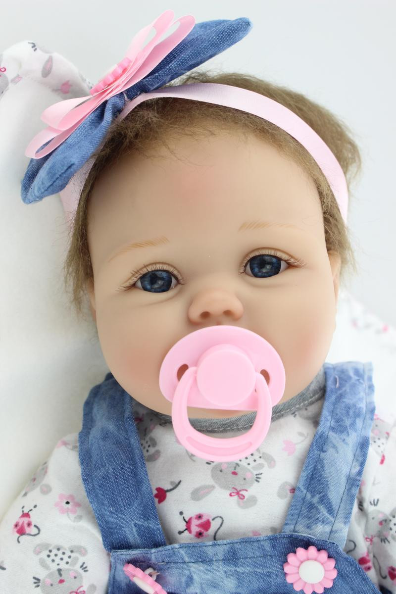 55cm / 22inch Soft Silicone Reborn Baby Dolls Baby Pacifier Handmade Baby Doll Realistic for girls brinquedos Juguetes bebe