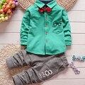 Venta caliente primavera y otoño encuadre de cuerpo entero de la ropa del bebé juegos de la Historieta animal del bebé twinset 100% algodón de dos piezas vestido Para niños