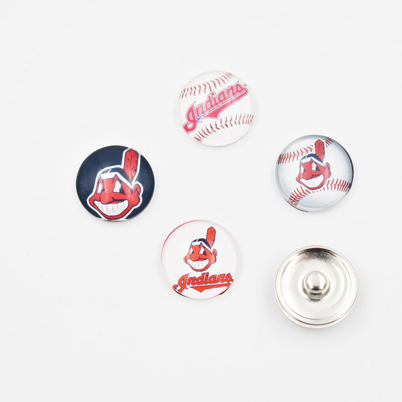 4 Style Cleveland Indians Glass Button Snaps Sport Team Jewelry Fit 18MM Snap For DIY Bracelet Sport Jewelry