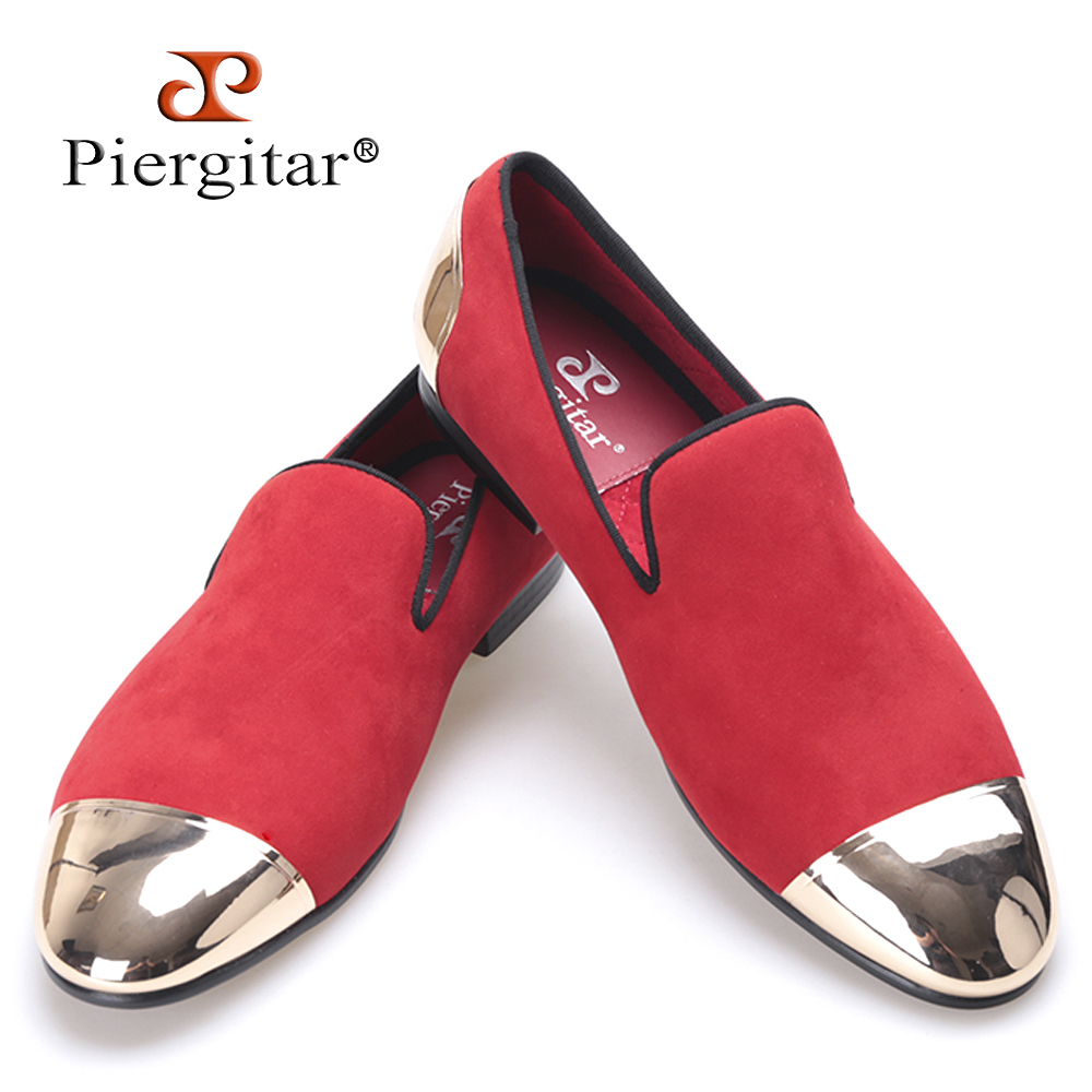 Piergitar new Red color velvet Handmade men shoes with Gold toe and back metal Fashion Party and Banquet loafers male's flats handmade red suede men shoes with gold rhinestone and gold toe metal party and banquet men dress loafers male s flats