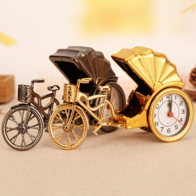 Creative Antique Car Home Decoration Alarm Clock Vintage Car Alloy Gift European Style Desktop Ornaments Wedding Decoration Gift
