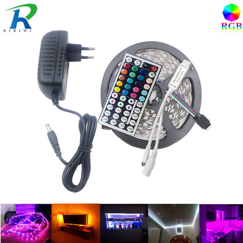 RiRi ganó SMD5050 RGB LED Strip LED Light Light diode 220V Impermeable 60 leds / m led controlador de luz flexible DC 12V adaptador adaptado
