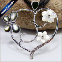 Collares Vintage Hand Carved Heart Shaped Natural Pearl Sea Shell Water Art Carving Gems Beads Pendant