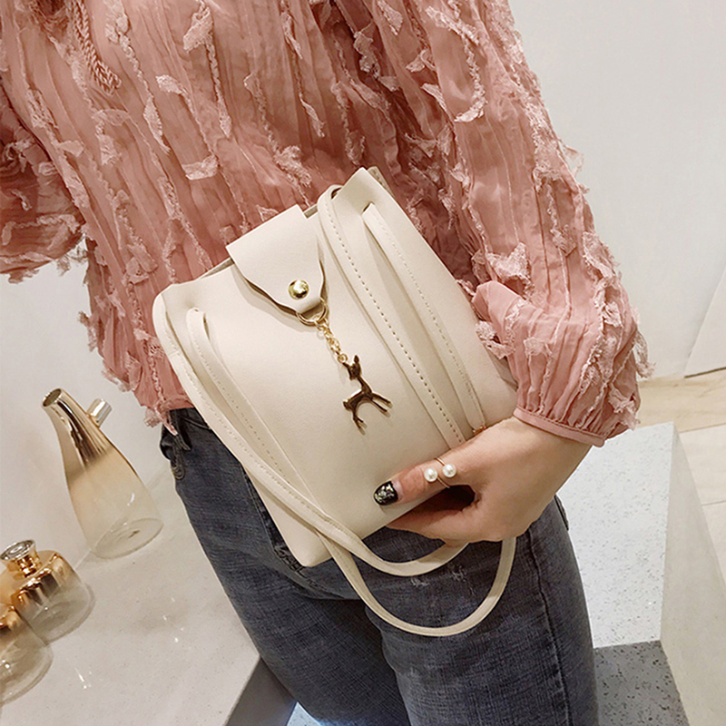 Simple Wild Deer Pendant One Shoulder Diagonal PU Bucket Bag Summer New Change Handbags