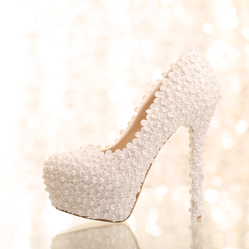 ФОТО New handmade white pearl small lace flower bride shoes women up heel single ladies pumps 2015 fashion lady shoes free shipping