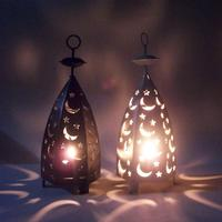 Vintage Iron Lanterns Hollow Moon Stars Candlestick Candle Holder Windproof Europe Style Christmas Wedding Party Decoration Gift